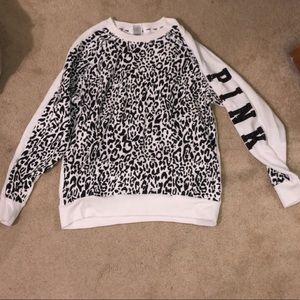 Black n White Leopard Print VS PINK sweatshirt XS